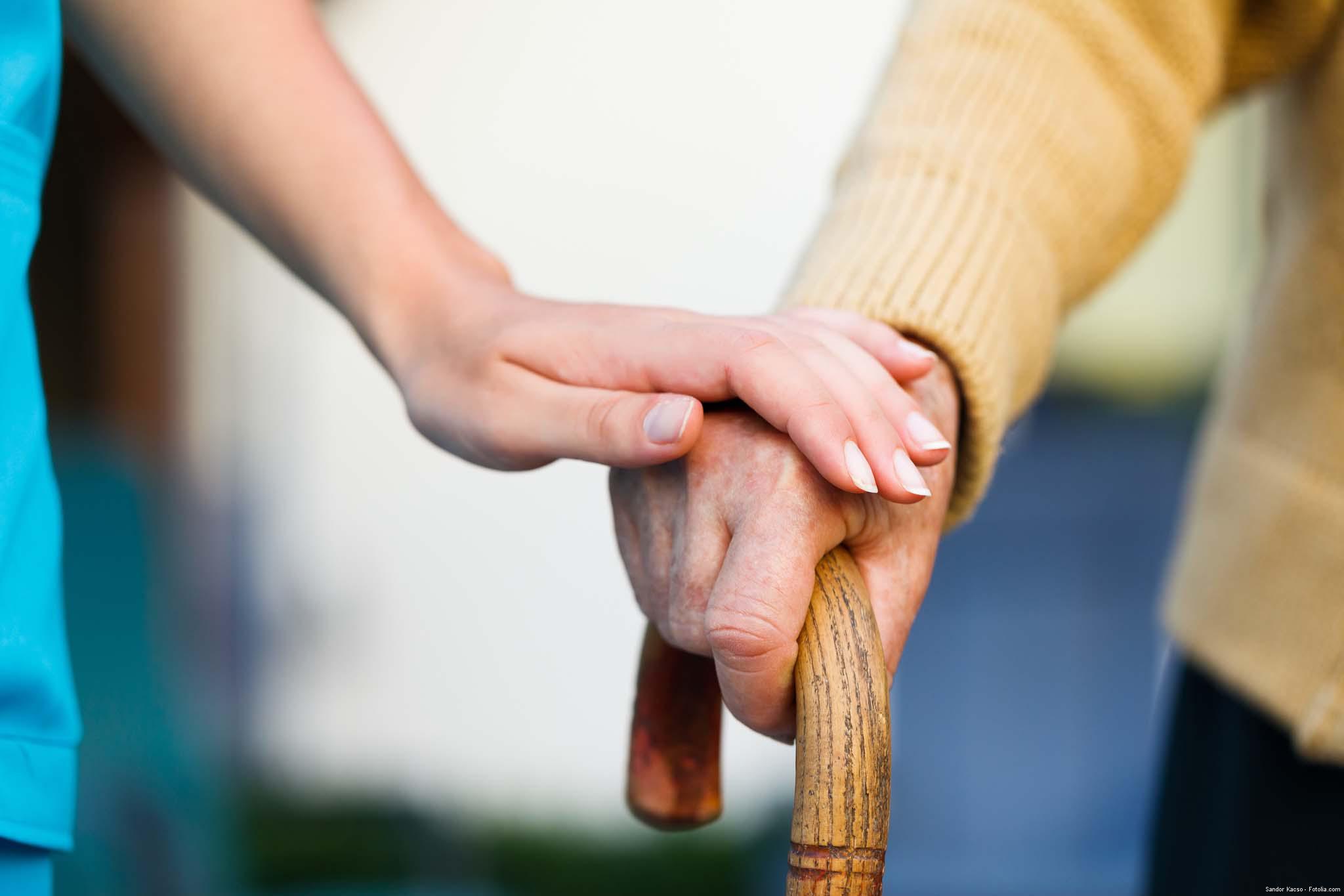 Casa de Repouso - Alzheimer a principal causa de demência entre idosos