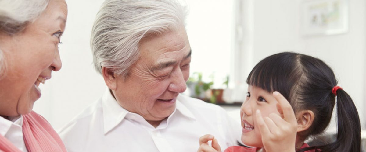 Atividades intergeracionais para idosos e crianças