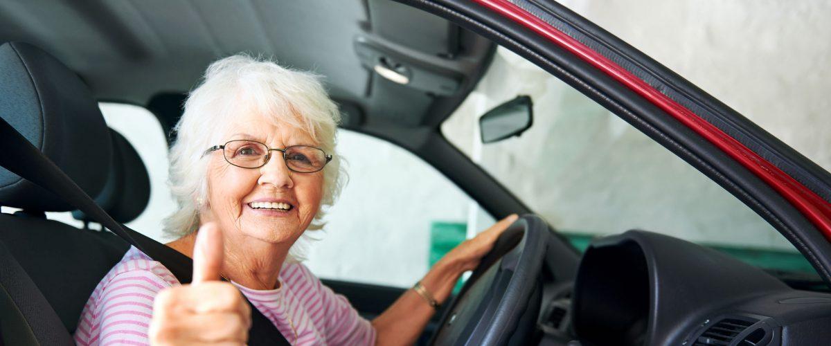 Como obter a credencial para estacionar em vaga de idoso