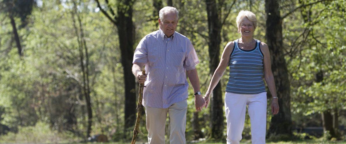Por que a caminhada é tão importante para os idosos?