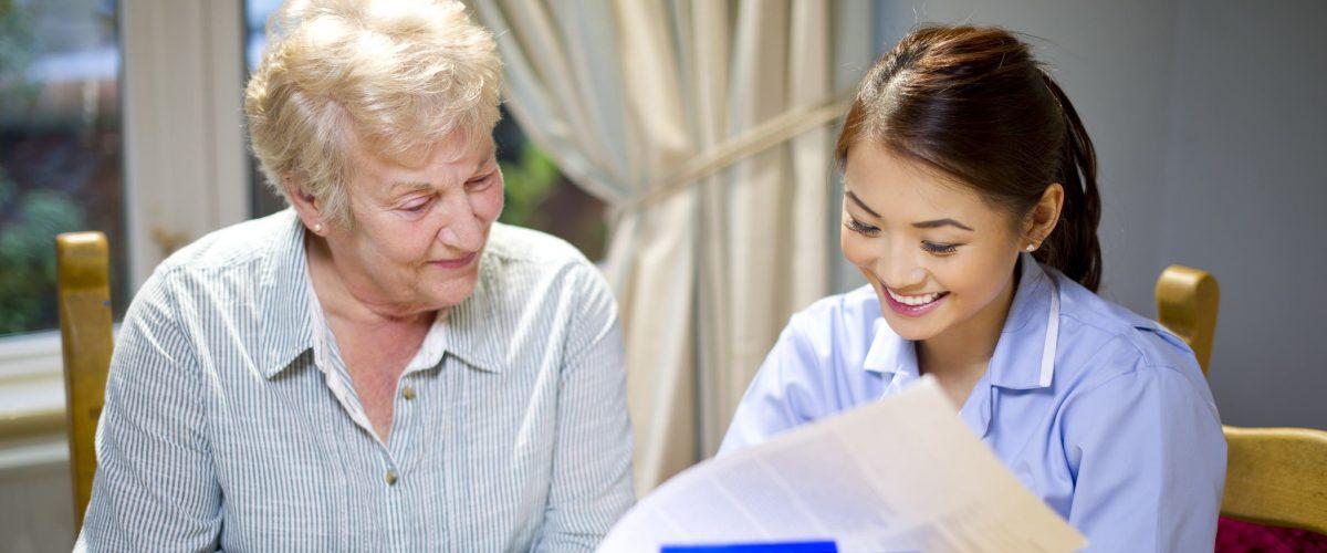 Casa de Repouso fora de regulamentação? O que você precisa saber para uma casa estar dentro da lei e garantir a boa vivência do idoso